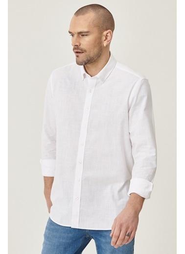 AC&Co / Altınyıldız Classics Tailored Slim Fit Dar Kesim Düğmeli Yaka %100 Koton Gömlek 4A2021200056 Beyaz